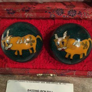 Vintage cow baoding balls